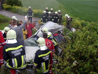 Verkehrsunfall mit Todesfolge PKW gegen LKW – Bericht der FF-Krems
