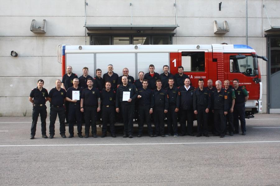 Freiwillige Feuerwehr Krems/Donau - Ausbildungsprüfung Atemschutz in Bronze und Silber absolviert